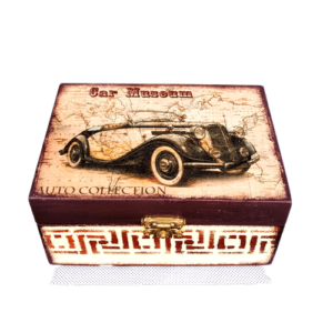 darilna lesena skrinjica Car museum